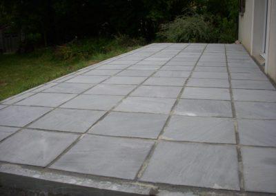 construction et pose d'une terrasse en pierre naturelle à Caen (Calvados -14)