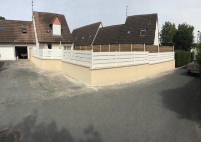 installation, pose de clôtures sur muret à Caen (Calvados-14) - AVAE