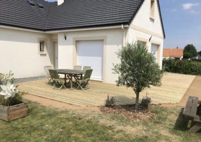 pose d'une terrasse en bois résineux au sud de Caen (Calvados -14)