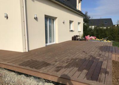 pose d'une terrasse en bois-composite à Caen (Calvados-14)